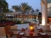 terrasse-des-gourmet-und-steakrestaurants-rare-im-desert-palm-dubai