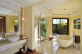 exclusive_suitebathroom_5