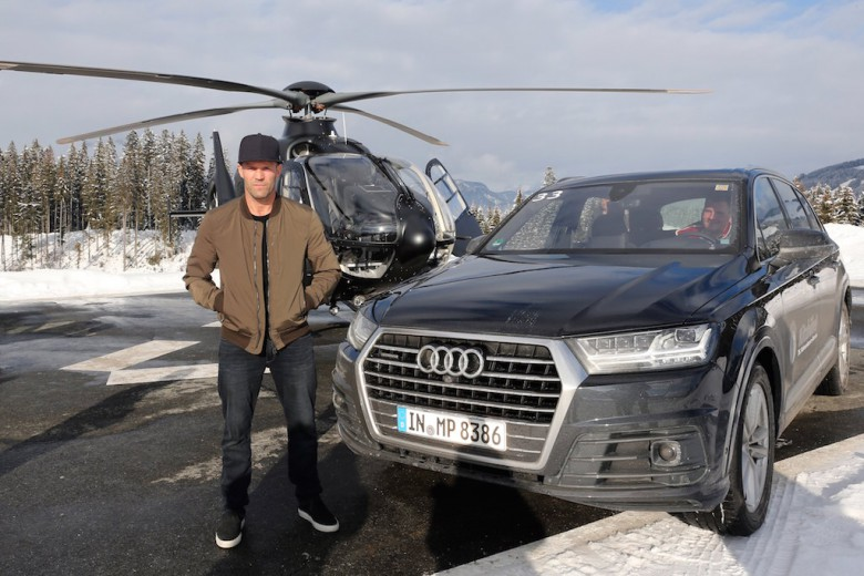 Jason Statham arrives to  AUDI Hahnenkamm  race weekend in Kitzbuehel on January 22, 2016 in Kitzbuehel, Austria.  (Photo by Gisela Schober/Getty Images)