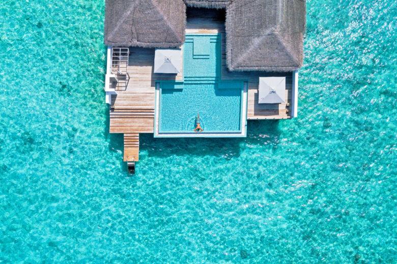 Schönheit in Blau – Das Malediven Resort Finolhu ist ab sofort Mitglied bei Design Hotels