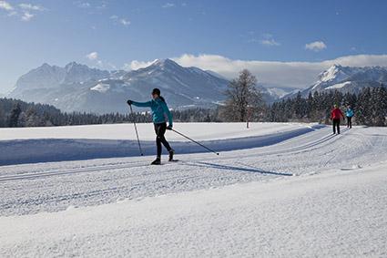 Yoga und Skilanglauf haben beide etwas Meditatives, öffnen den Geist und beleben den Körper.