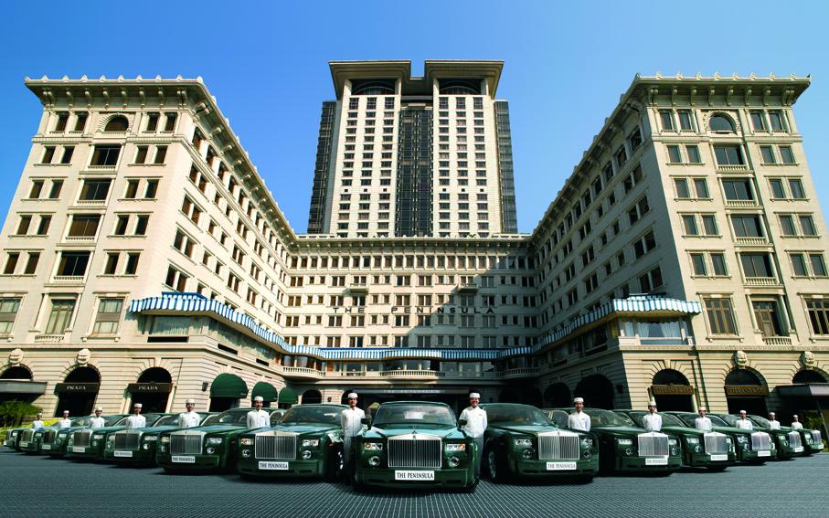 Besitzt die grösste Rolls Royce Flotte der Welt, das Peninsula Hongkong