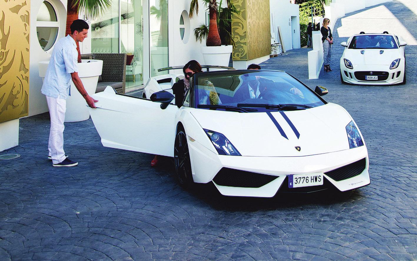 Das ultimative Luxuswochenende auf Mallorca – Lamborghini, Fendi und ein rasantes neues Luxushotel